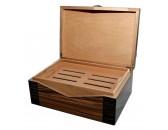 Хьюмидор  на 50 сигар светло-коричневый, с темными вставками
